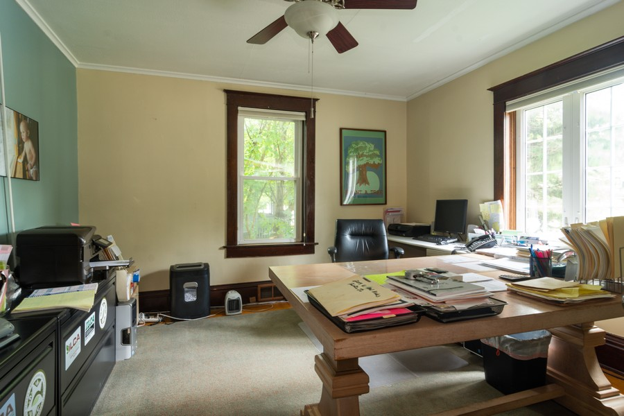 Real Estate Photography - 308 West Main St, Barrington, IL, 60010 - Library