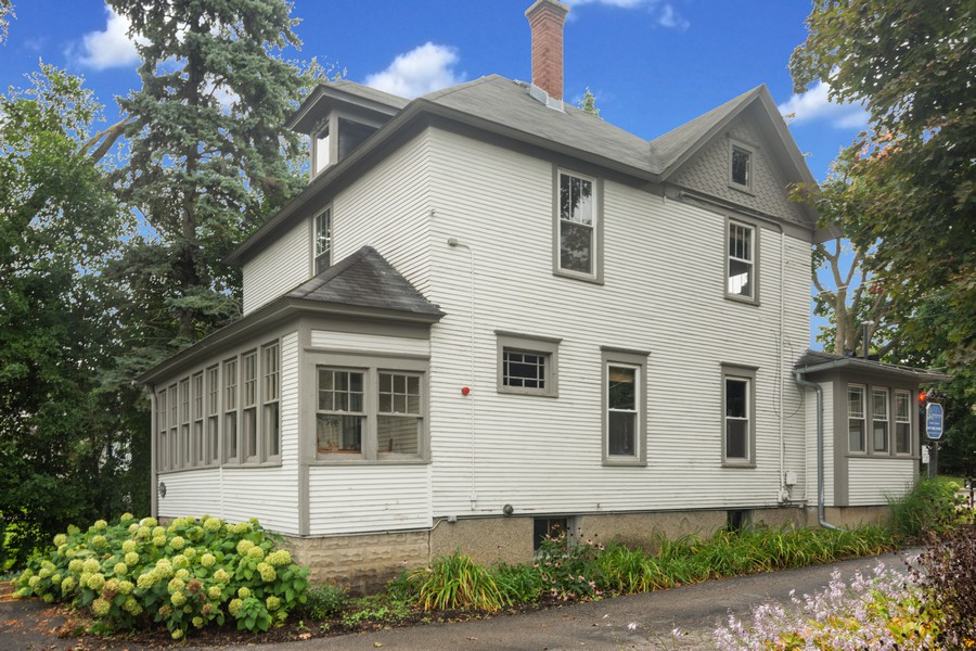 Real Estate Photography - 308 West Main St, Barrington, IL, 60010 - Side View