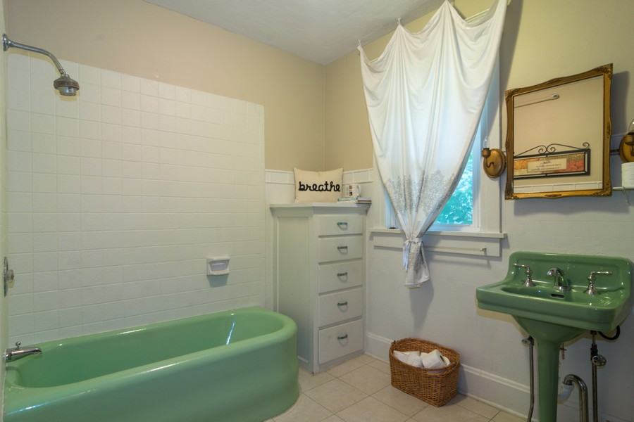 Real Estate Photography - 308 West Main St, Barrington, IL, 60010 - 2nd Bathroom