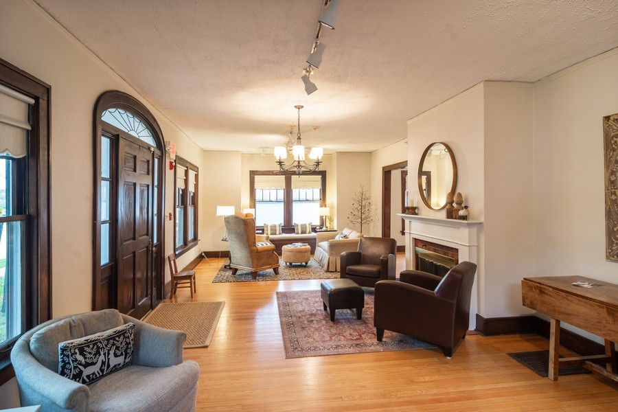 Real Estate Photography - 334 West Main St, Barrington, IL, 60010 - Foyer/Living Room