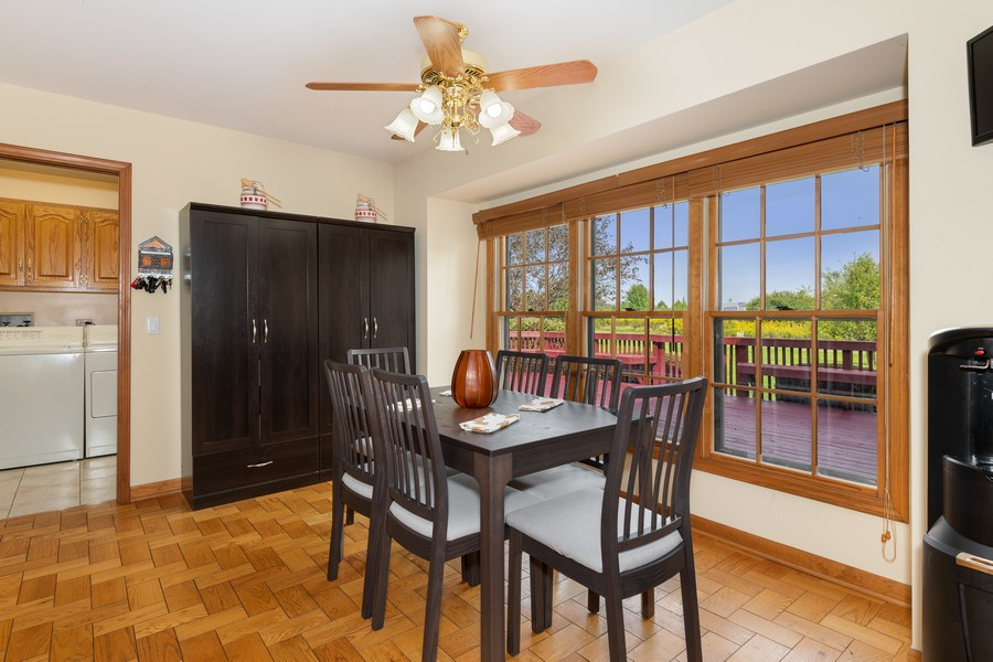 Real Estate Photography - 9S215 Chandelle Dr, Naperville, IL, 60564 - Breakfast Nook