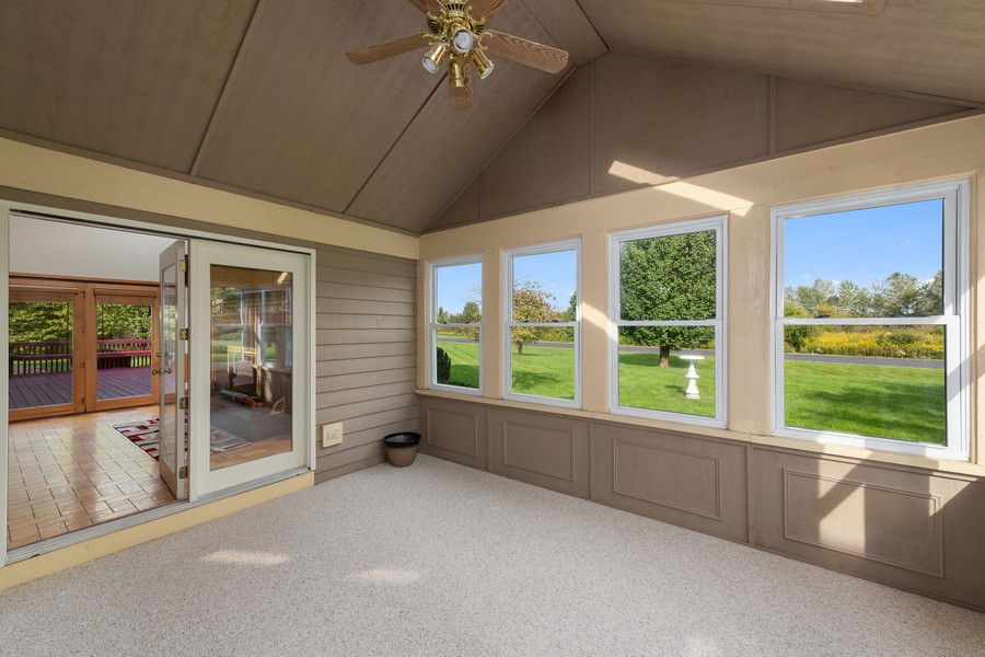 Real Estate Photography - 9S215 Chandelle Dr, Naperville, IL, 60564 - Sun Room