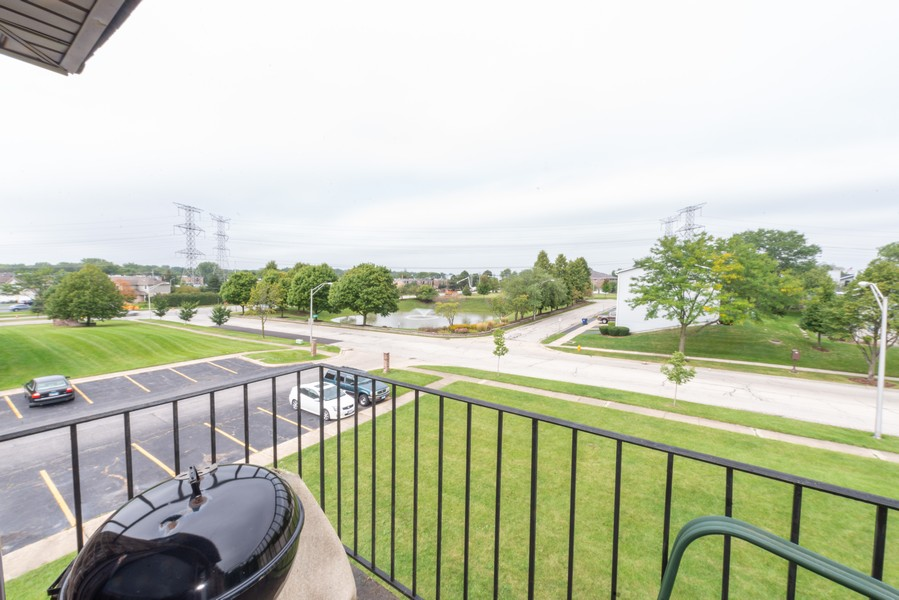 Real Estate Photography - 735 North Swift Rd, 201, Addison, IL, 60101 - Balcony