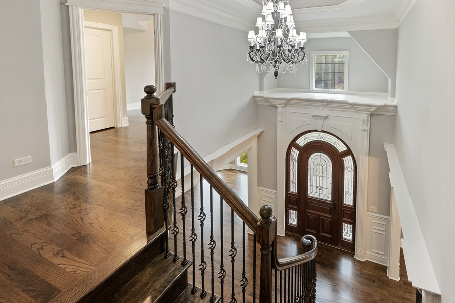 Real Estate Photography - 520 West 39Th St, Downers Grove, IL, 60515 - Entryway