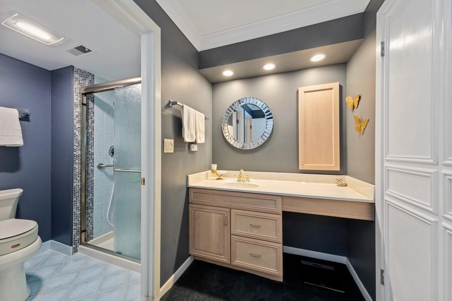 Real Estate Photography - 1470 Stonebridge Trl, 2-3, Wheaton, IL, 60189 - Master Bathroom