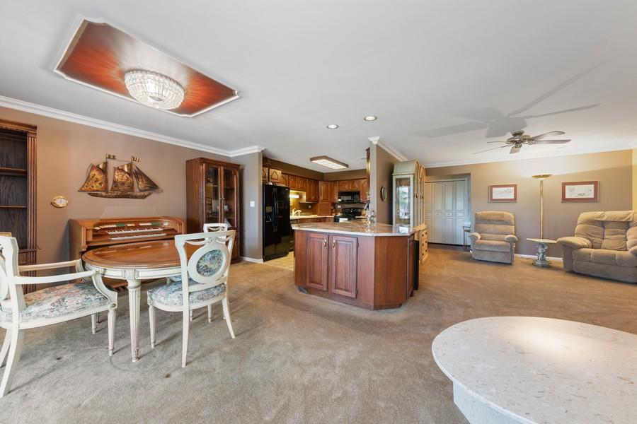 Real Estate Photography - 1470 Stonebridge Trl, 2-3, Wheaton, IL, 60189 - Living Room / Dining Room