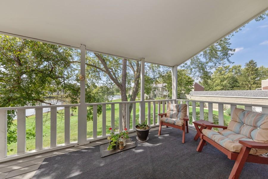 Real Estate Photography - 1470 Stonebridge Trl, 2-3, Wheaton, IL, 60189 - Balcony