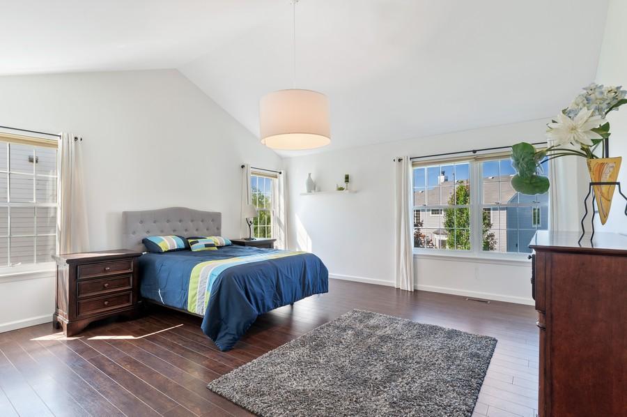 Real Estate Photography - 18601 West Meander Dr, Grayslake, IL, 60030 - Master Bedroom