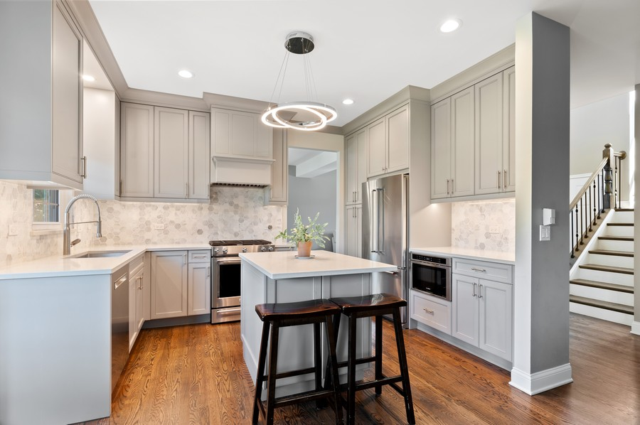 Real Estate Photography - 18601 West Meander Dr, Grayslake, IL, 60030 - Kitchen