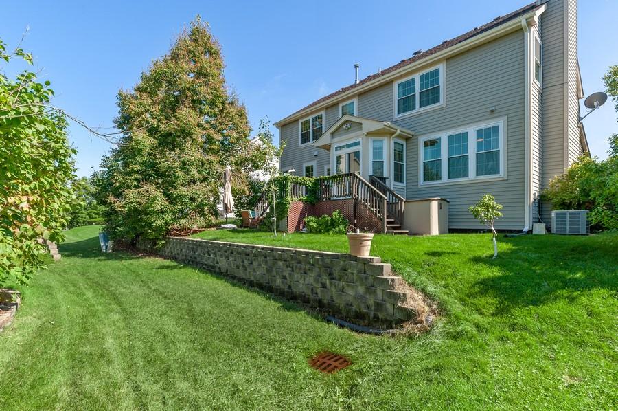 Real Estate Photography - 18601 West Meander Dr, Grayslake, IL, 60030 - Exterior Back