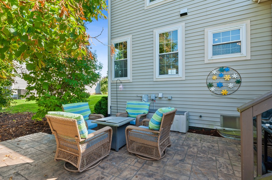 Real Estate Photography - 18601 West Meander Dr, Grayslake, IL, 60030 - Patio
