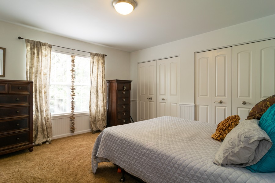 Real Estate Photography - 1394 Essex Dr, Hoffman Estates, IL, 60192 - Guest Bedroom