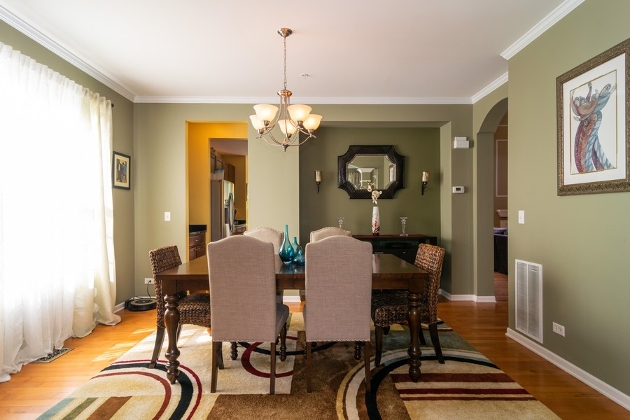 Real Estate Photography - 1394 Essex Dr, Hoffman Estates, IL, 60192 - Dining Room
