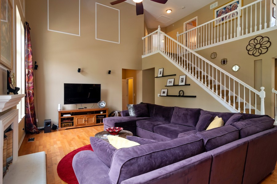 Real Estate Photography - 1394 Essex Dr, Hoffman Estates, IL, 60192 - Family Room