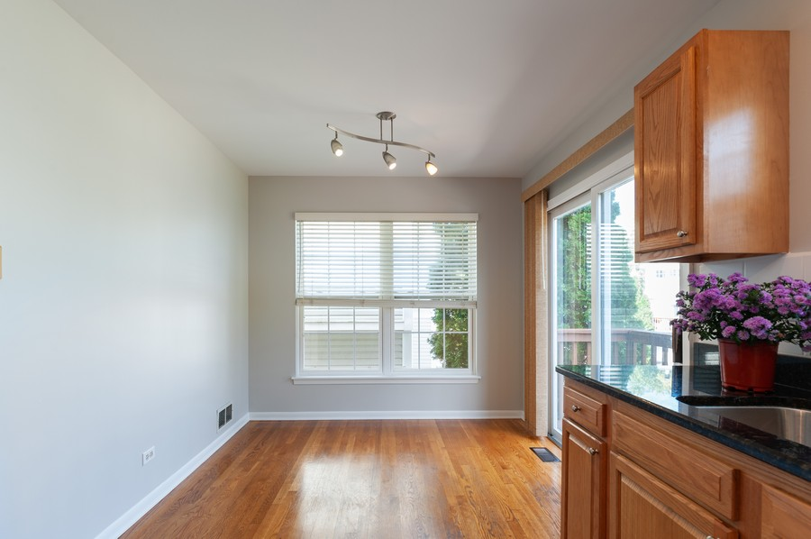 Real Estate Photography - 772 Highview Ct, Antioch, IL, 60002 - Breakfast Area