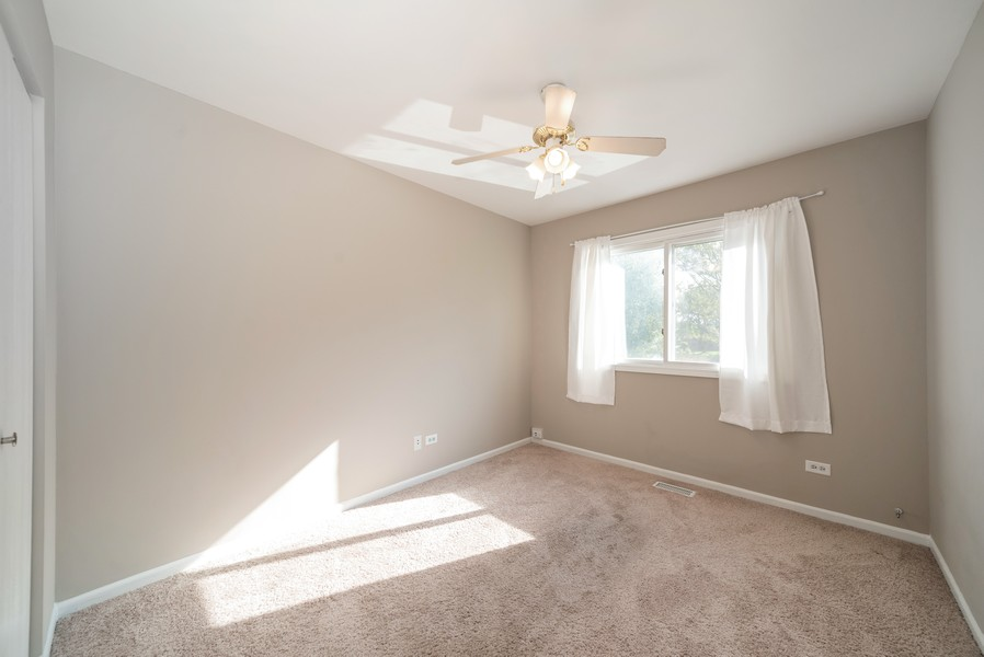 Real Estate Photography - 1399 Loch Lomond Dr, Crystal Lake, IL, 60014 - 4th Bedroom
