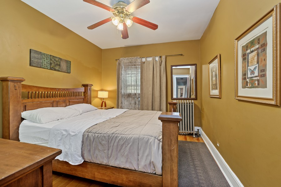 Real Estate Photography - 1151 West Waveland Ave, Chicago, IL, 60613 - Bedroom