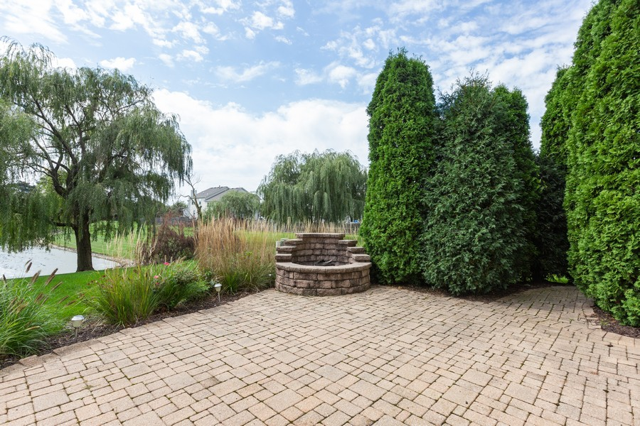 Real Estate Photography - 16511 Lanfear Dr, Lockport, IL, 60441 - Patio