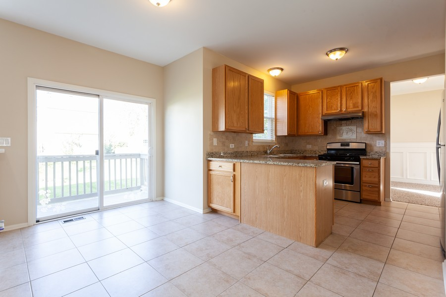 Real Estate Photography - 763 Sapphire Dr, Bolingbrook, IL, 60490 - Breakfast Area