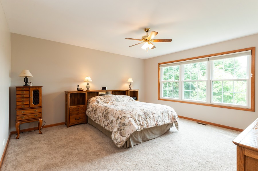 Real Estate Photography - 829 Tylerton Cir, Grayslake, IL, 60030 - Master Bedroom