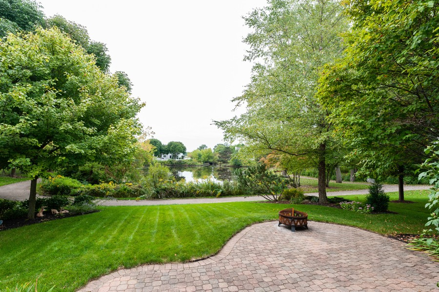 Real Estate Photography - 829 Tylerton Cir, Grayslake, IL, 60030 - Back Yard