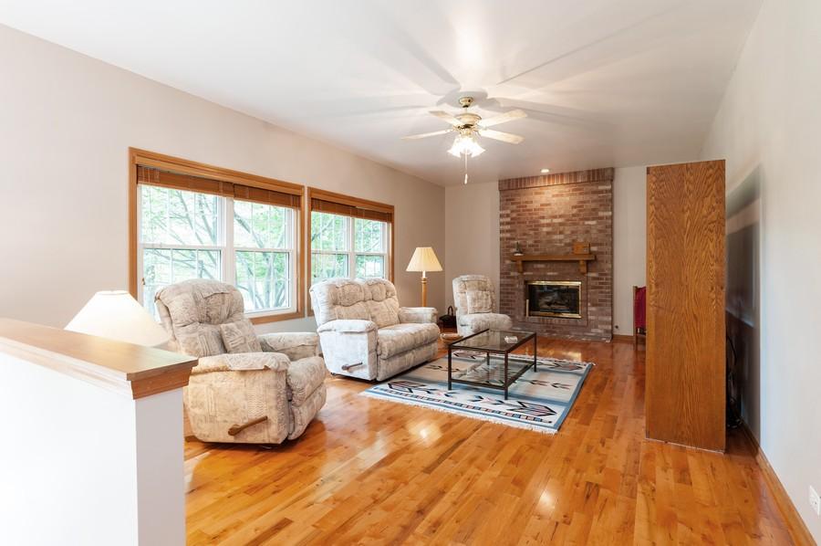 Real Estate Photography - 829 Tylerton Cir, Grayslake, IL, 60030 - Family Room