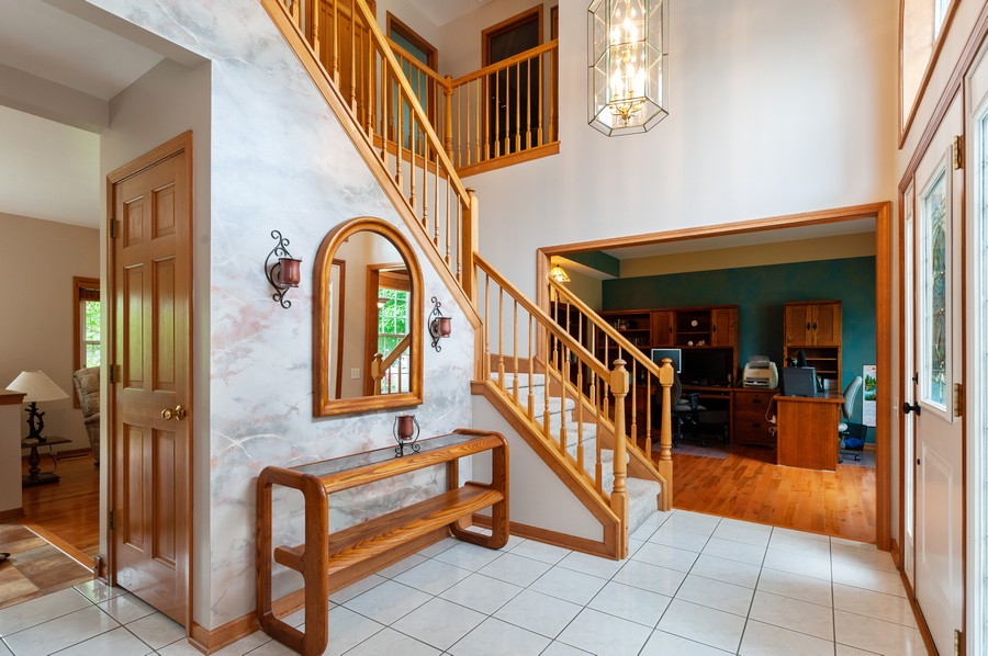 Real Estate Photography - 829 Tylerton Cir, Grayslake, IL, 60030 - Staircase