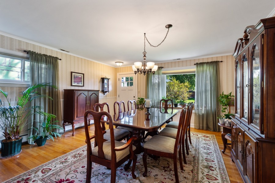 Real Estate Photography - 756 South Summit St, Barrington, IL, 60010 - Dining Room