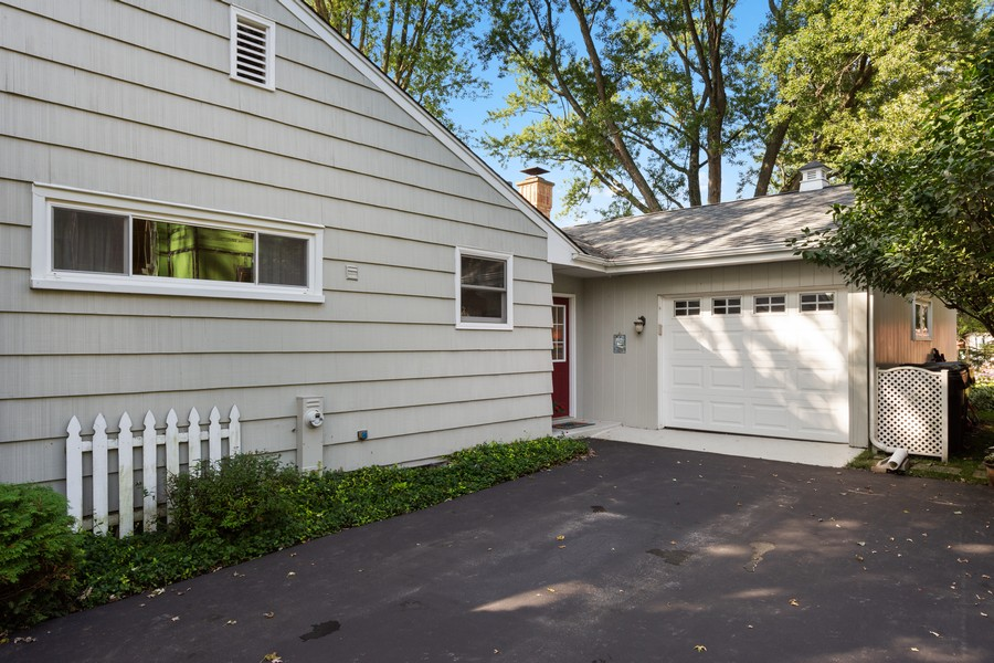 Real Estate Photography - 756 South Summit St, Barrington, IL, 60010 - Garage