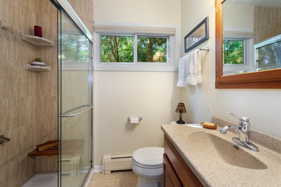 Real Estate Photography - 756 South Summit St, Barrington, IL, 60010 - Bathroom