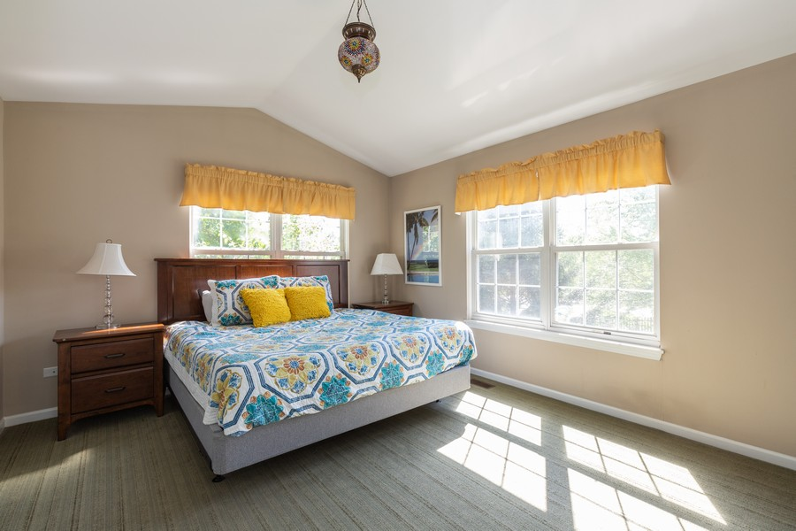 Real Estate Photography - 843 Newbury Ct, Grayslake, IL, 60030 - Master Bedroom