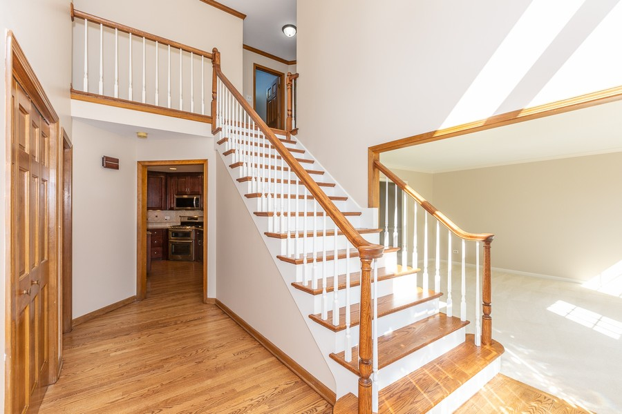 Real Estate Photography - 3011 Bennett Dr, Naperville, IL, 60564 - Foyer