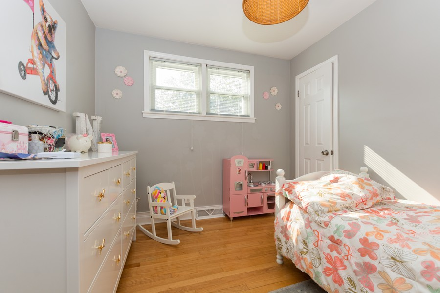 Real Estate Photography - 4347 West 108Th Pl, Oak Lawn, IL, 60453 - 2nd Bedroom
