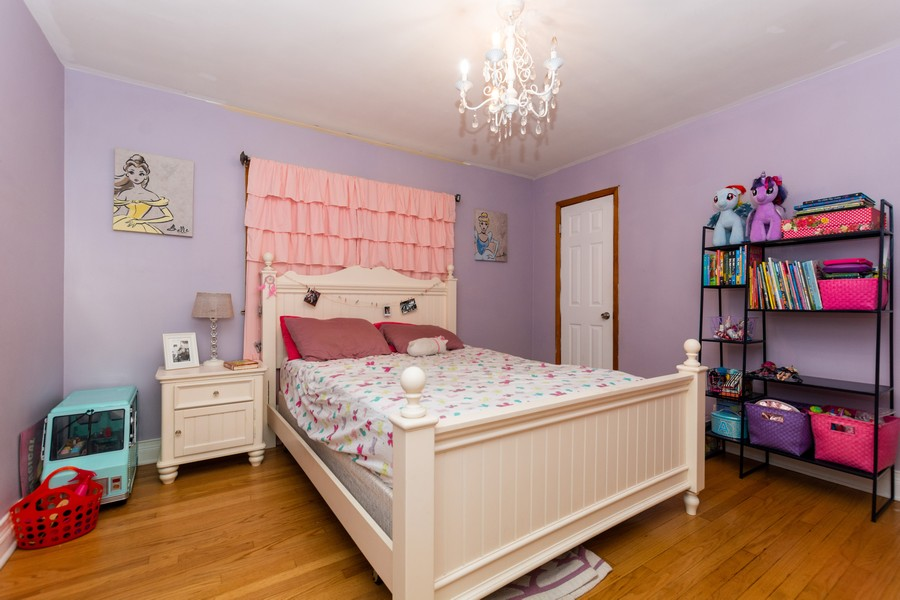 Real Estate Photography - 4347 West 108Th Pl, Oak Lawn, IL, 60453 - Bedroom