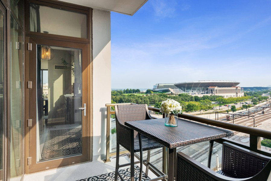 Real Estate Photography - 233 E 13th St, Unit 1006, Chicago, IL, 60605 - Balcony