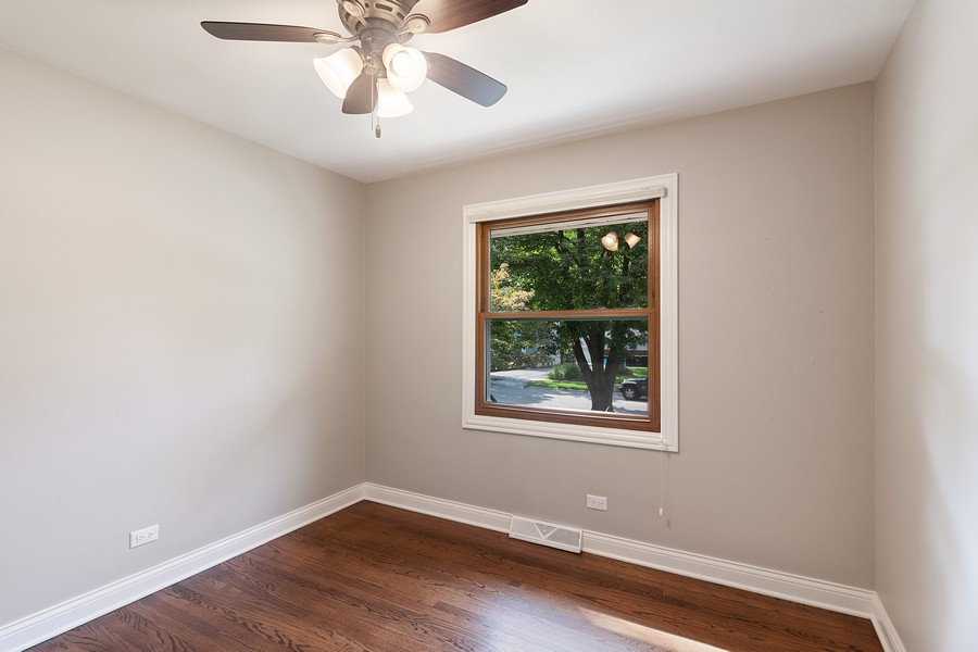 Real Estate Photography - 425 Aurora Way, Wheaton, IL, 60187 - Front Bedroom