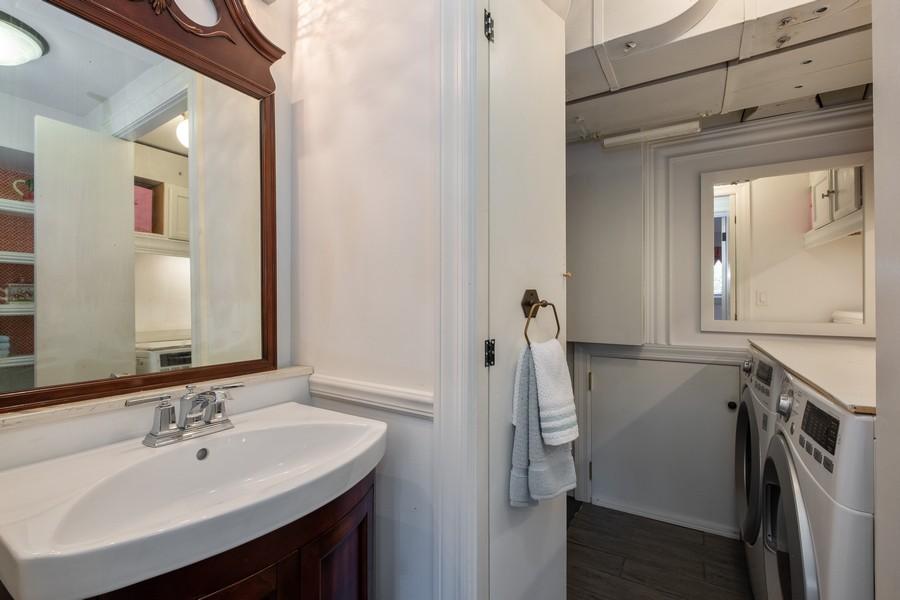Real Estate Photography - 276 Crestwood, Northfield, IL, 60093 - Half Bath