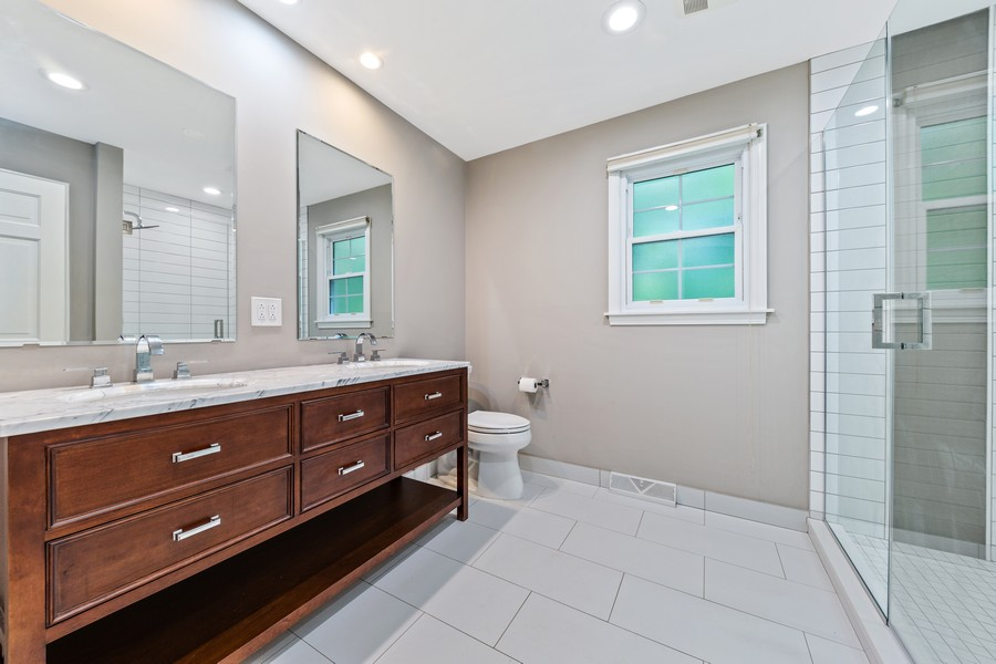 Real Estate Photography - 2S052 Big Horn Dr, Wheaton, IL, 60189 - Bathroom