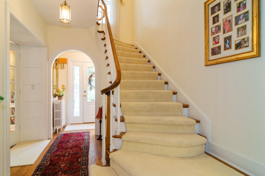 Real Estate Photography - 416 Chara Ct, Bartlett, IL, 60103 - Foyer