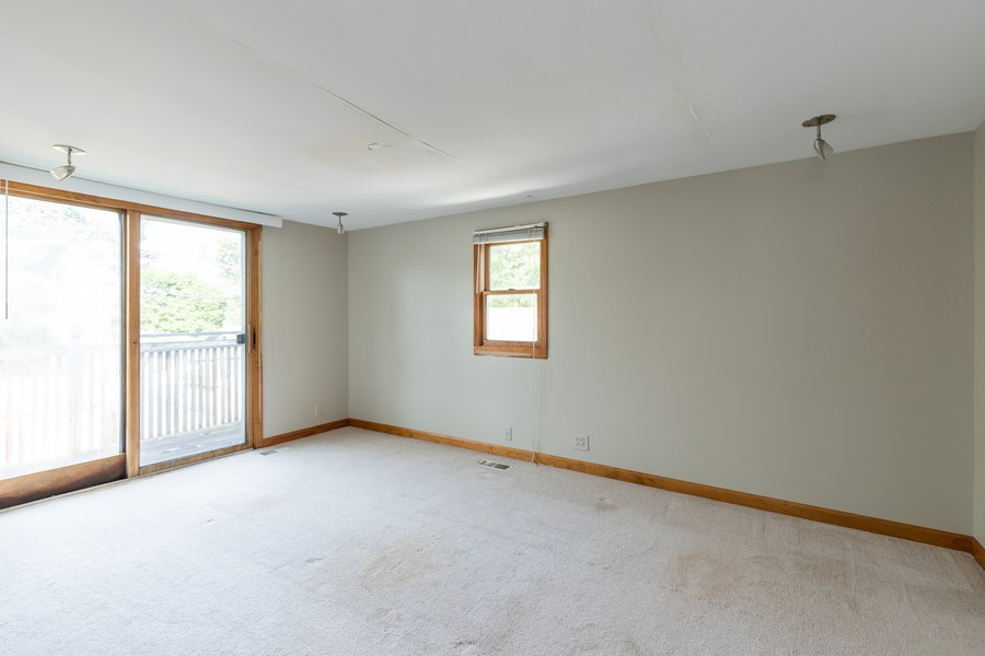 Real Estate Photography - 226 Kenwood Dr, Round Lake Park, IL, 60073 - Master Bedroom