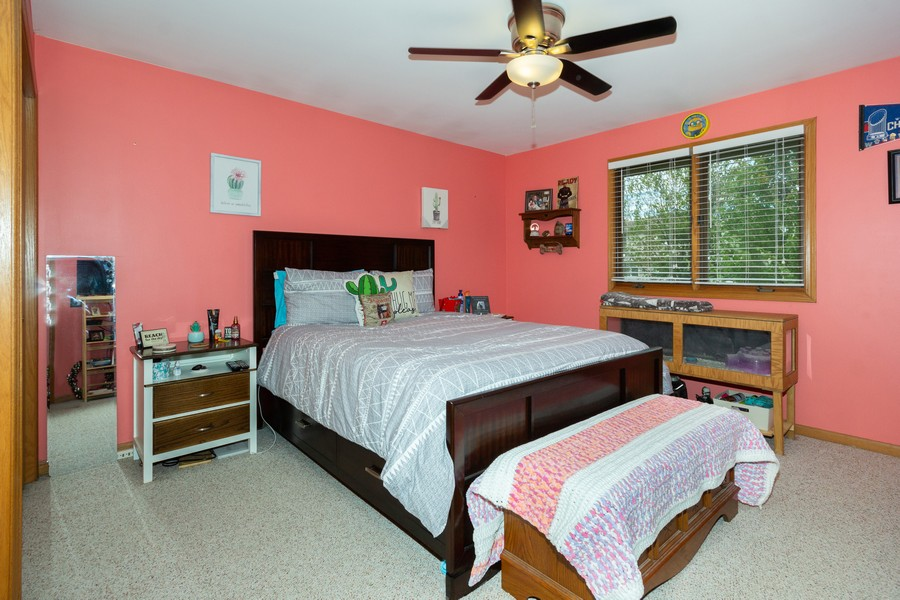 Real Estate Photography - 40 Ponderosa Dr, Romeoville, IL, 60446 - 2nd Bedroom
