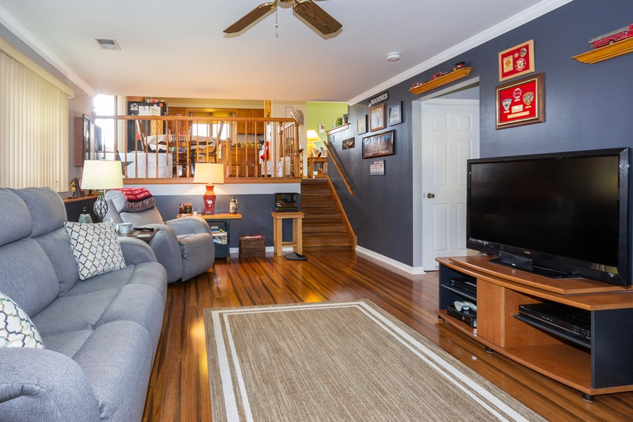 Real Estate Photography - 40 Ponderosa Dr, Romeoville, IL, 60446 - Family Room
