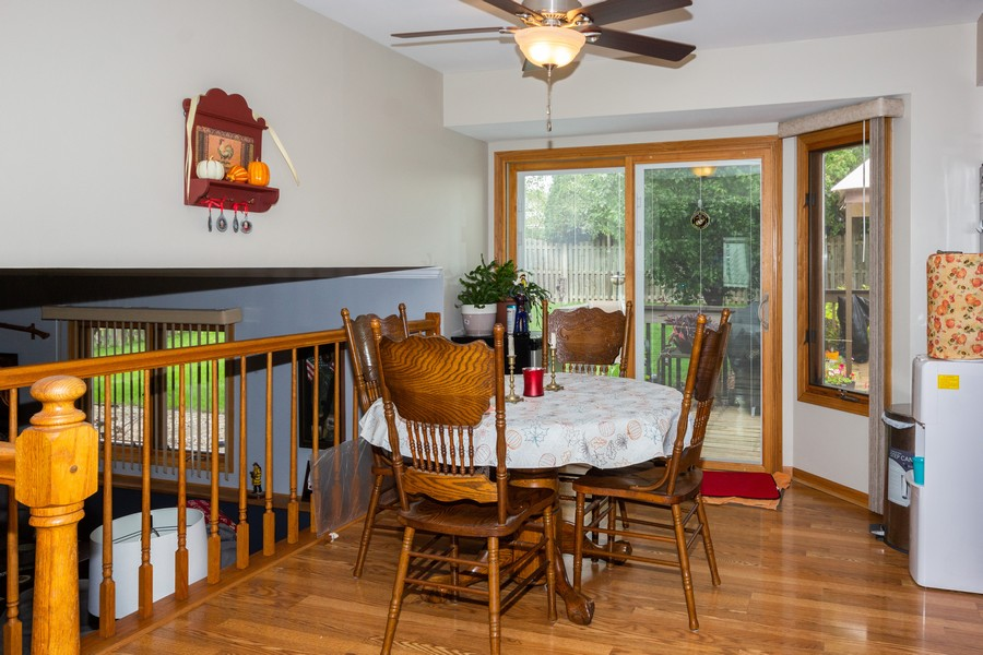 Real Estate Photography - 40 Ponderosa Dr, Romeoville, IL, 60446 - Dining Area