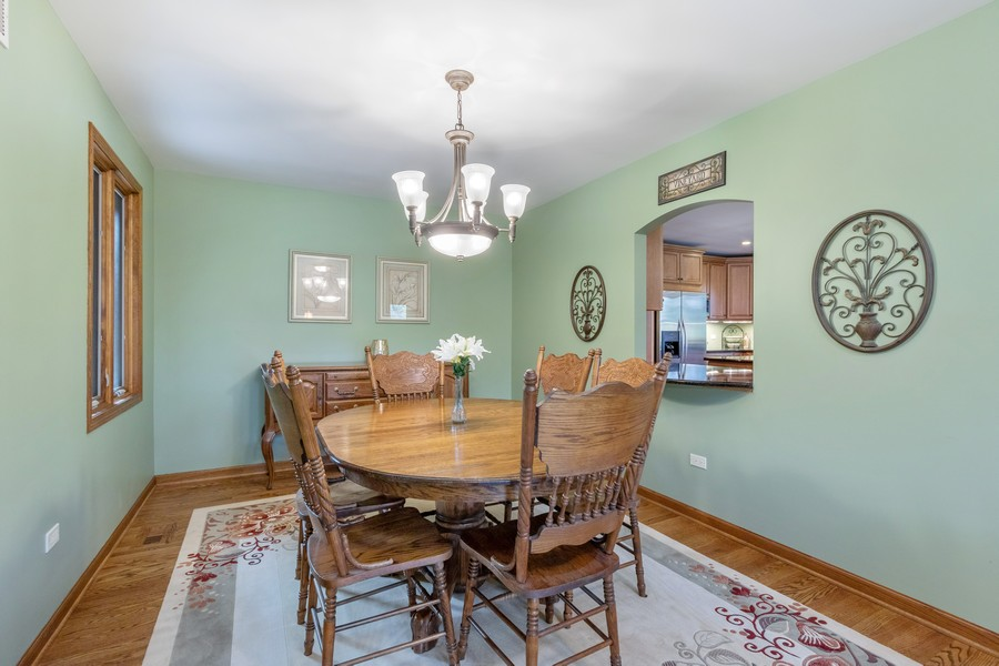 Real Estate Photography - 24650 West Middle Fork Rd, Barrington, IL, 60010 - Dining Room