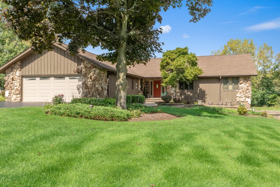 Real Estate Photography - 24650 West Middle Fork Rd, Barrington, IL, 60010 - Front View