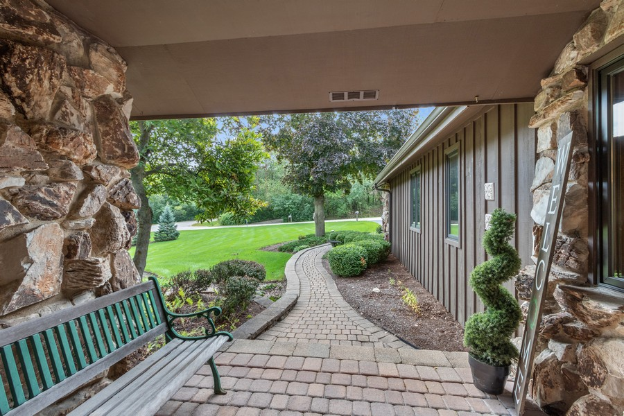 Real Estate Photography - 24650 West Middle Fork Rd, Barrington, IL, 60010 - Porch
