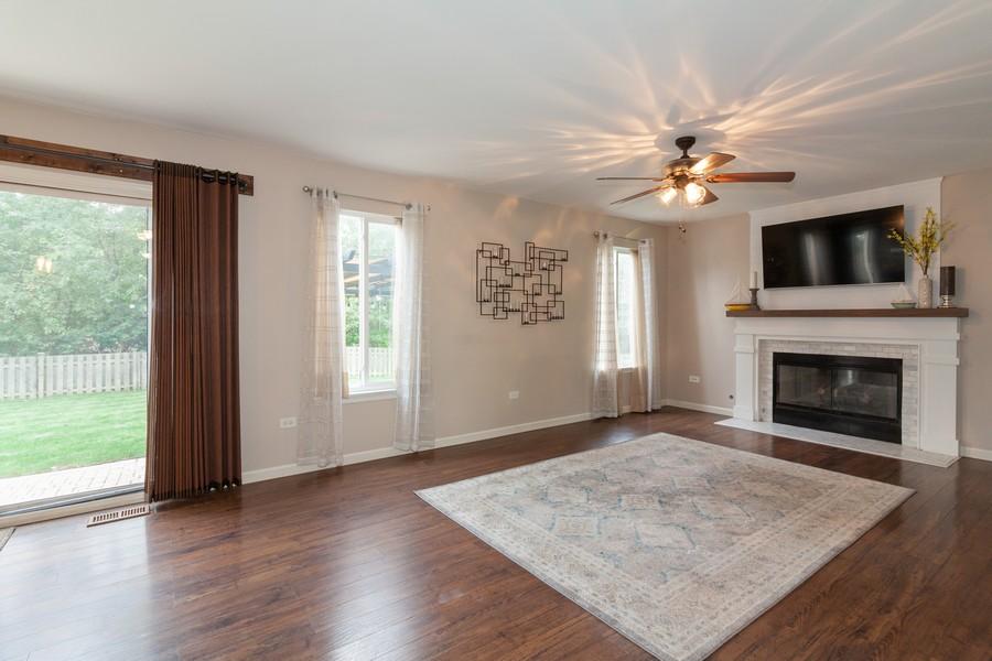 Real Estate Photography - 669 Blackhawk Ln, Bolingbrook, IL, 60440 - Family Room
