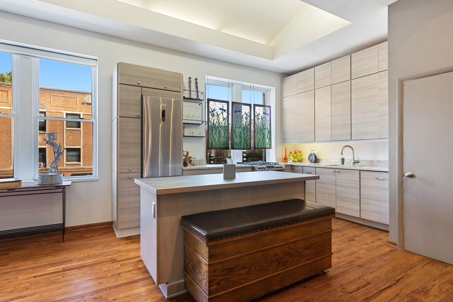 Real Estate Photography - 2202 North Halsted St, Chicago, IL, 60614 - Kitchen