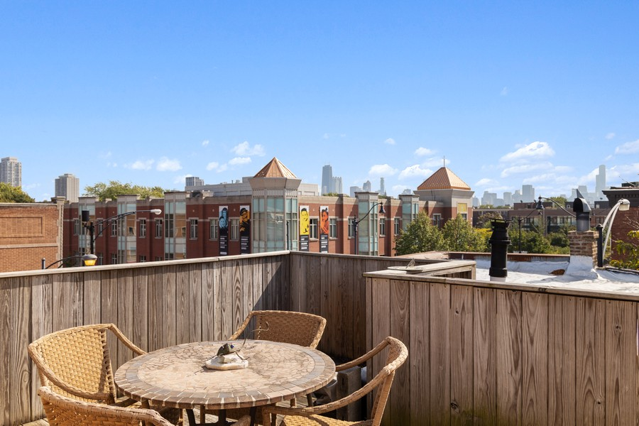 Real Estate Photography - 2202 North Halsted St, Chicago, IL, 60614 - Deck