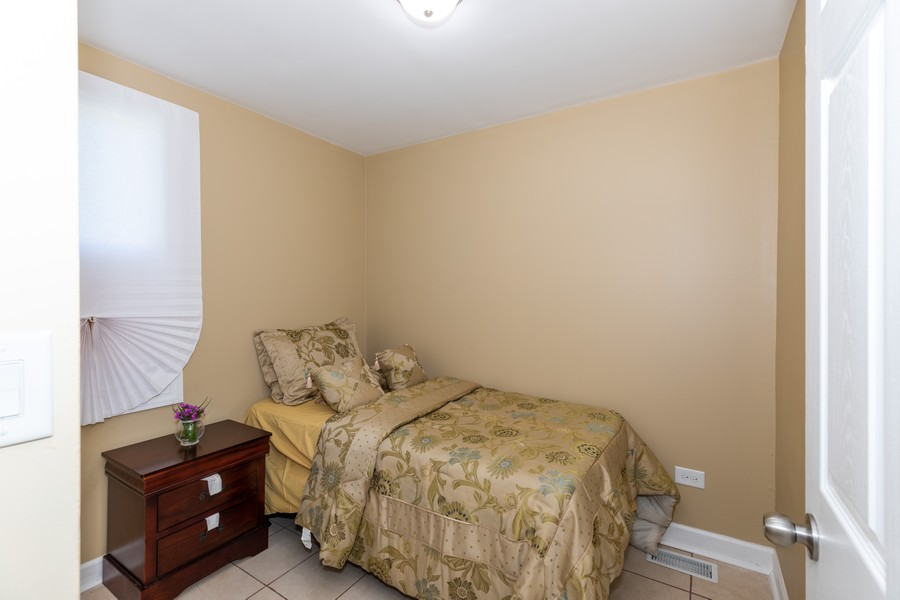Real Estate Photography - 15724 Lathrop Ave, Harvey, IL, 60426 - Bedroom